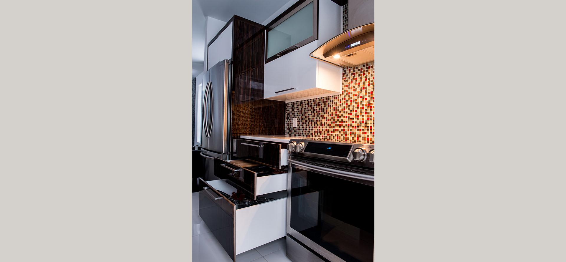 cuisine moderne sherbrooke avec des id es int ressantes pour la conception de la. Black Bedroom Furniture Sets. Home Design Ideas